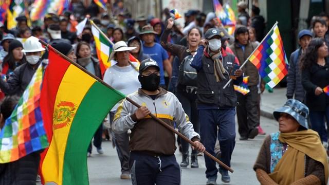 Graves incidentes en La Paz tras la asunción de Áñez - Telefé Noticias