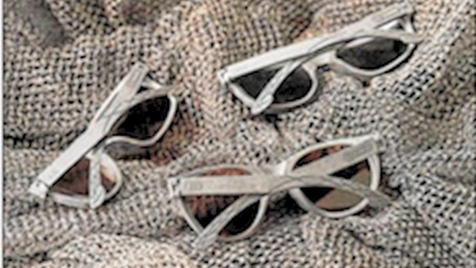 3b20c6c886 Crean lentes de sol y zapatillas a partir las redes de pesca ...
